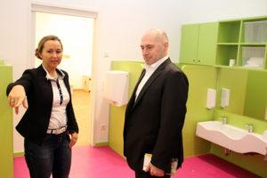 Kita-Leiterin Kerstin Arras und René Rock